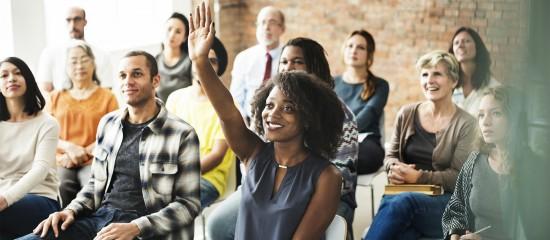 Près d'un quart des Français sont bénévoles dans une association